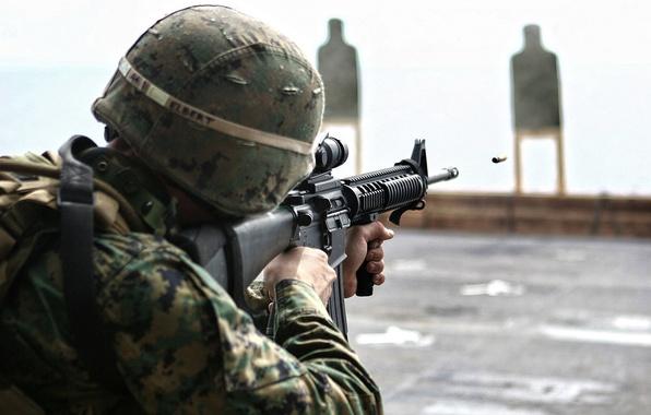 Картинка оружие, пуля, солдат, стрельба, камуфляж, прицел, винтовка, soldier, мишень, штурмовая, bullet, rifle, ar-15