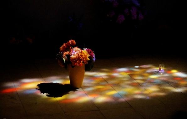 Картинка цветы, плитка, букет, освещение, пол, ваза