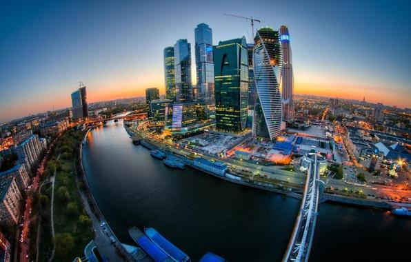 Фото обои Закат, Мост, Москва, Эволюция, Москва-Сити, Федерация, OKO, Башня 2000, Евразия, Меркурий Сити Тауэр, Башня на ...