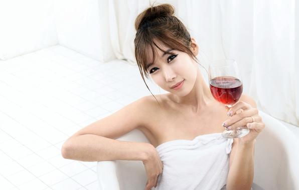Картинка девушка, вино, азиатка