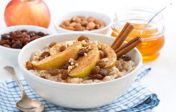 Картинка яблоко, мед, орехи, корица, изюм, каша, овсянка