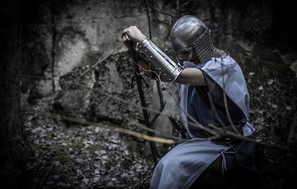 Картинка девушка, фон, меч, доспехи, воин