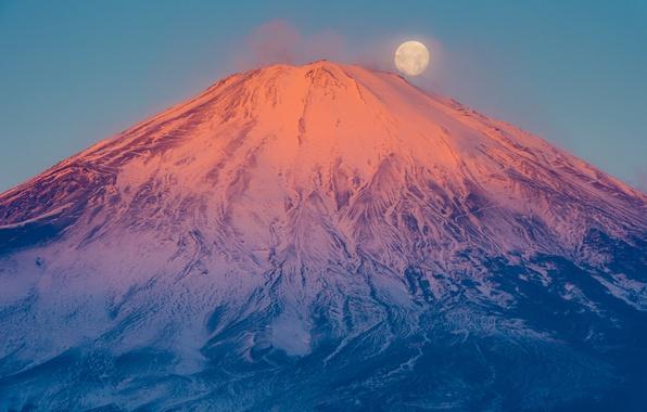 Картинка луна, гора, вулкан, Япония, Fuji