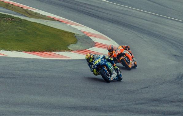 Картинка Honda, Yamaha, MotoGP, Valentino Rossi, Silverstone, Marc Marquez