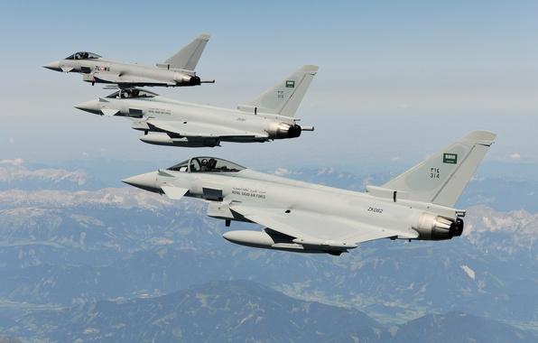 Картинка небо, полет, горы, истребители, Typhoon, Eurofighter