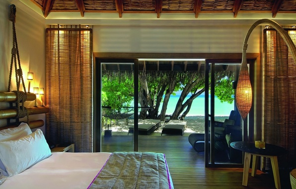 Картинка beach, beautiful, view, tree, maldives, room, interior, bed, resort, moofushi, constance