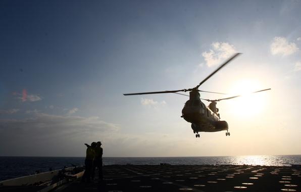 Картинка море, солнце, авиация, корабль, авианосец, вертолёт, америка, сша, площадка, военные, america, usa, морпехи, аримия