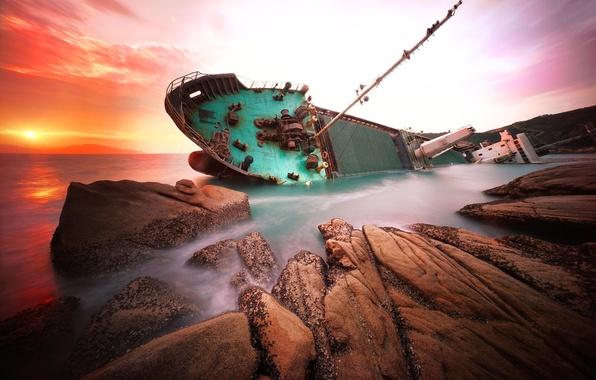 Картинка море, скалы, рассвет, корабль, Китай, кораблекрушение, hongkong