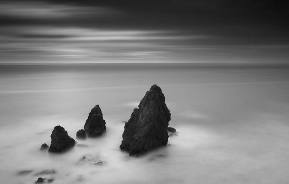 Картинка скалы, черно-белая, горизонт, 156