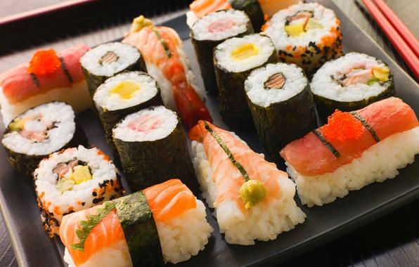Картинка палочки, Япония, Japan, рис, ломтики, суши, нарезка, роллы, креветки, морепродукты, японская кухня, красная икра, сервировка, …