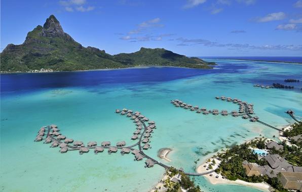 Картинка отдых, релакс, путешествие, French Polynesia, острова Бора-Бора, Тихий океан, бунгаловый отель-люкс, Aerial View of the …