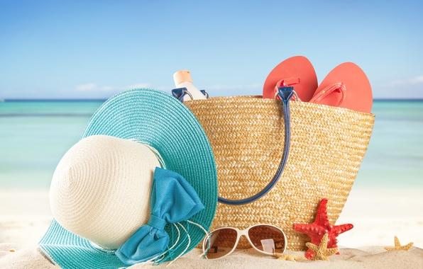 Картинка песок, море, пляж, лето, солнце, отдых, шляпа, очки, summer, сумка, beach, каникулы, sea, sun, сланцы, …