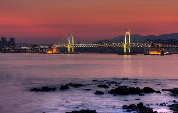 Картинка горы, ночь, мост, город, огни, камни, дома, опора, залив, south korea