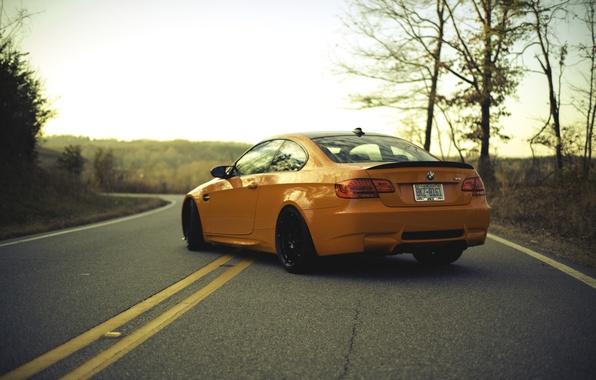 Картинка дорога, оранжевый, разметка, BMW, БМВ, orange, задок, e92