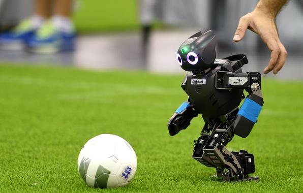 Картинка robot, football, ball, hand