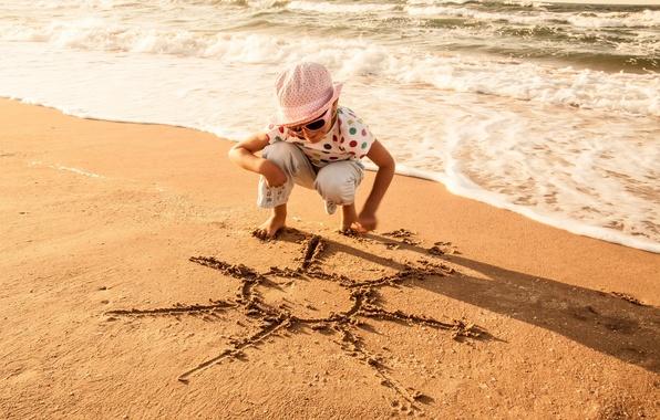 Картинка песок, море, волны, пляж, лето, вода, солнце, радость, дети, улыбка, фон, отдых, обои, настроения, волна, …