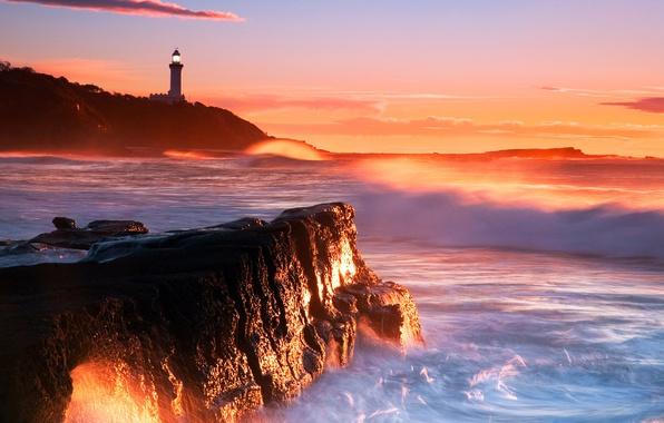 Картинка море, волны, закат, камни, скалы, маяк