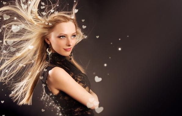 Картинка девушка, украшения, стиль, волосы, серьги, макияж, блондинка, сердечки, бижутерия, мода