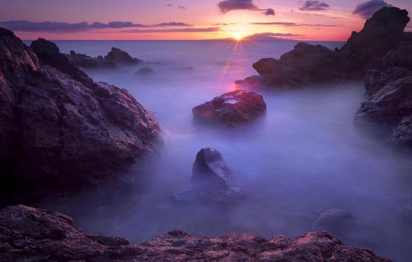 Картинка море, закат, туман, камни, сумерки