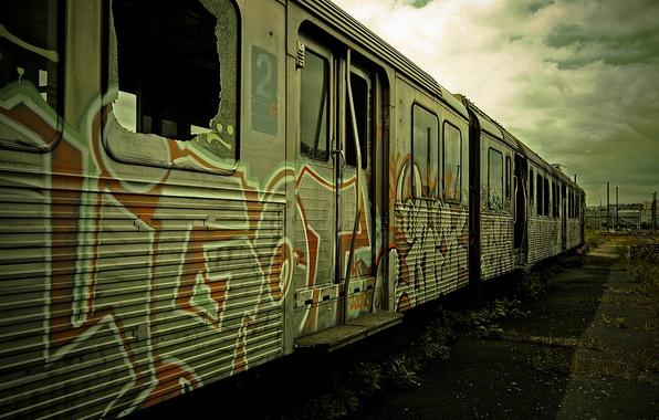 Картинка граффити, поезд, вагон, электричка, пустырь, заброшенный, graffiti