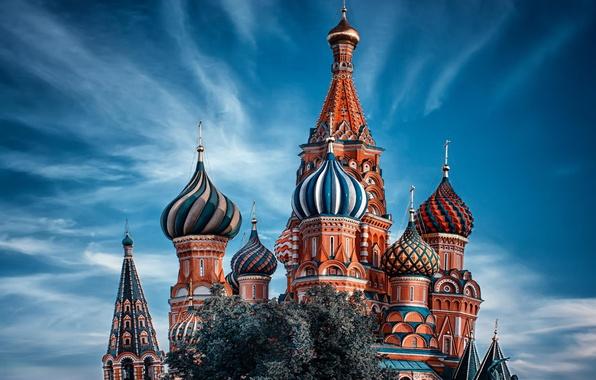 Картинка небо, облака, Москва, храм, Храм Василия Блаженного, Россия, Moscow, купола, мск