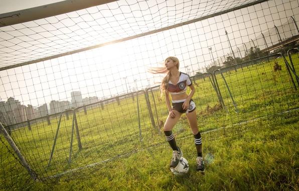 Картинка девушка, футбол, спорт, мяч