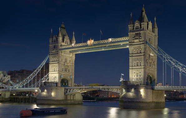 Картинка ночь, река, обои, лодка, Англия, Лондон, Великобритания, Темза, wallpaper, Тауэрский мост, Tower Bridge, столица, ГОРОД, …