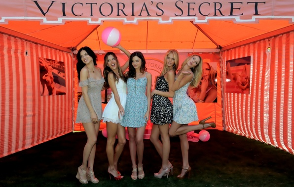 Картинка секси, девушки, Adriana Lima, Alessandra Ambrosio, sexy, Алессандра Амброзио, модели, красотки, Victoria's Secret Angels, Miranda …