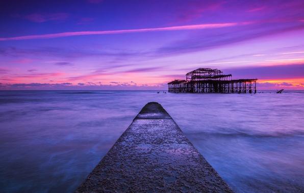 Картинка море, небо, облака, закат, пролив, берег, Англия, вечер, пирс, Великобритания, синее, сиреневое, Брайтон