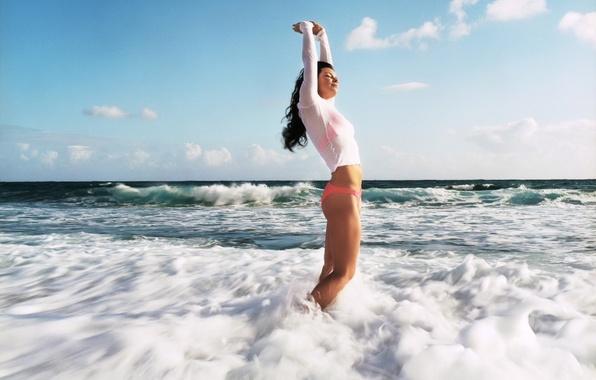 Картинка море, волны, пена, девушка, настроение, эдем, наслаждение