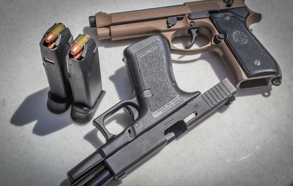 Картинка оружие, пистолеты, Glock, Beretta
