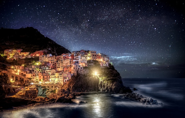 Картинка ночь, огни, Италия, Italia, Manarola, Манарола, Чинкве-Терре, Лигурия, Liguria