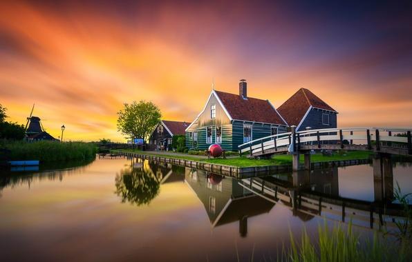 Картинка закат, мост, отражение, дома, мельница, канал, музей, Нидерланды, The Netherlands, Zaanse Schans, Зансе-Сханс
