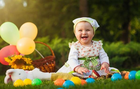 Картинка шарики, улыбка, ребенок, платье, девочка, маленькая, beautiful, pretty, child, ball, little girl, веселая