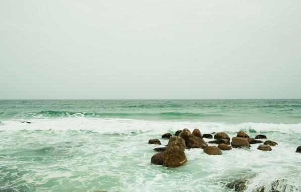 Картинка море, волны, небо, пена, вода, брызги, камни, океан, sea