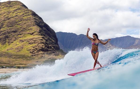 Картинка девушка, горы, океан, серфинг, доска, surfing
