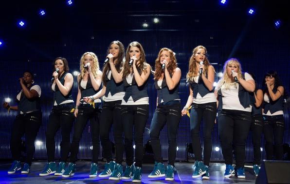 Картинка музыка, комедия, Brittany Snow, Hailee Steinfeld, Anna Kendrick, Anna Camp, Pitch Perfect-2, Идеальный голос-2, Hana …