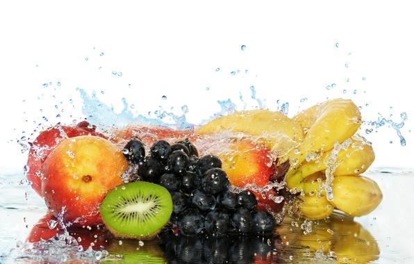 Картинка вода, ягоды, еда, всплеск, киви, виноград, бананы, фрукты, персики