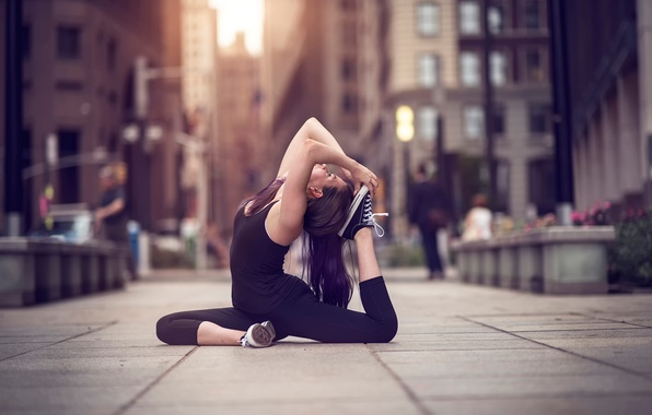 Картинка девушка, город, улица, танец, yoga, Olivia, Natural Light