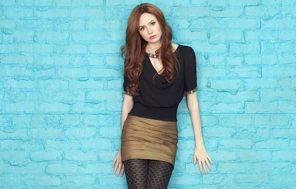 Под юбками у актрис бесплатно фото 140-736