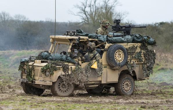 Картинка солдаты, Land Rover, бронеавтомобиль