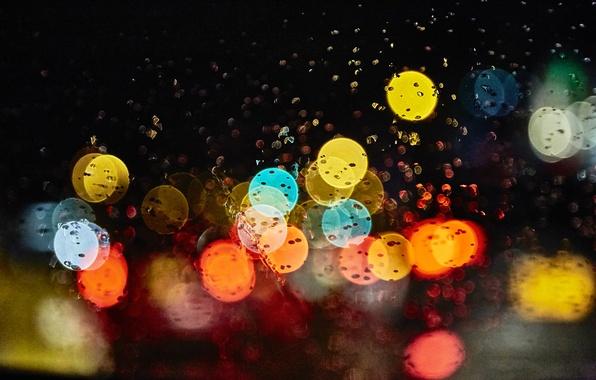 Картинка стекло, капли, макро, ночь, блики, дождь, Огни, боке