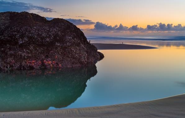 Картинка пляж, закат, скала, океан, the Bandon beach, Oregon Coast, USA. Sunset