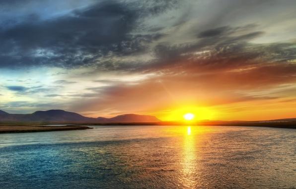 Картинка небо, солнце, закат, озеро, берег