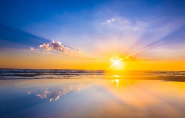 Картинка море, волны, пляж, солнце, облака, отражение, восход, зеркало, горизонт