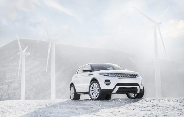 Картинка белый, джип, ветряки, ренж ровер, паркетник, range rover evoque