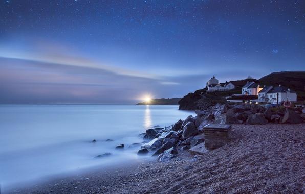 Картинка море, пляж, звезды, ночь, спокойствие, маяк, дома