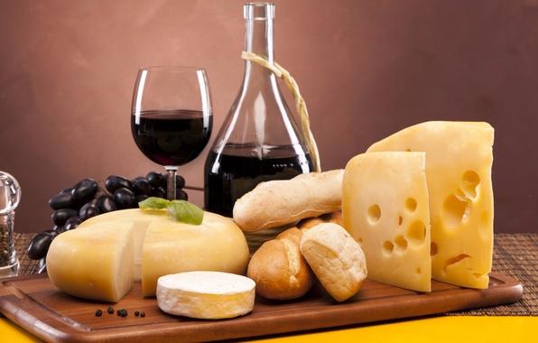 Картинка вино, красное, бокал, сыр, хлеб, виноград, перец, батоны, эмменталь, камамбер