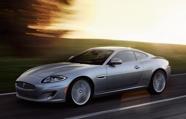 Картинка Jaguar, Дорога, Машина, Ягуар, Серый, Движение, Car, Автомобиль, Coupe, Road, Купе, Silver