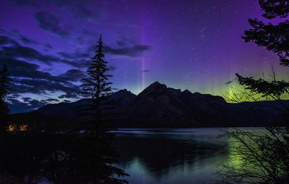 Картинка лес, ночь, озеро, гора, северное сияние, Banff National Park, Alberta, Canada, night, beautiful